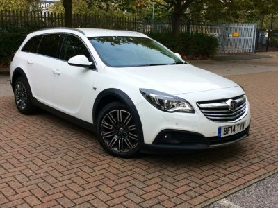 Vauxhall New Insignia COUNTRY TOURER CDTI